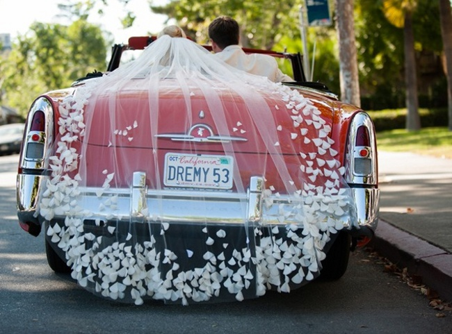 Üstü Açık Düğün Arabası Modeli 2014 Farklı Düğün Arabası Modelleri