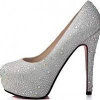 Gösterişli İnci İşlemeli Gelin Ayakkabısı Modelleri 200x200 2014 İnci İşlemeli Gelin Ayakkabısı Modelleri