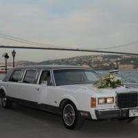 Klasik Limuzin Düğün Arabası Modeli 200x200 2014 Farklı Düğün Arabası Modelleri