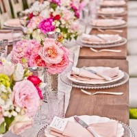 Uzun Düğün Masası Süsleme Örnekleri 200x200 Düğün Masası Süsleme Örnekleri