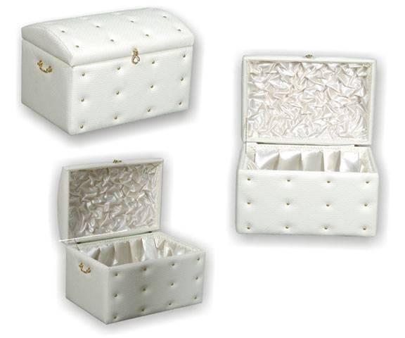 Beyaz Çeyiz Sandığı Modelleri