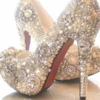Bol Taş İşelemeli Borune Gelin Ayakkabısı Modelleri 200x200 2014 Borune Gelin Ayakkabısı Modelleri