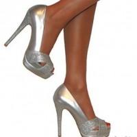 Burnu Açık Gümüş Gelinlik Ayakkabısı Modelleri 200x200 2014 Gümüş Gelinlik Ayakkabısı Modelleri