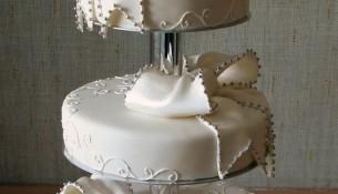Fiyonklu Trend Düğün Pastası