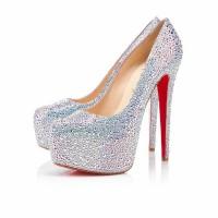 Parlak Gümüş Gelinlik Ayakkabısı Modelleri 200x200 2014 Gümüş Gelinlik Ayakkabısı Modelleri