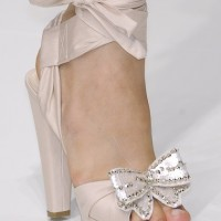 Kurdeleli Yazlık Gelin Ayakkabısı Modelleri 200x200 Yazlık Gelin Ayakkabısı Modelleri
