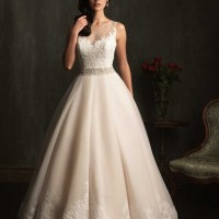Dantel Detaylı Allure Couture 2014 Gelinlik Koleksiyonu 200x200 Allure Couture 2014 Gelinlik Koleksiyonu