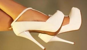 Ekru Bilekten Bağlamalı Gelinlik Ayakkabısı Modelleri