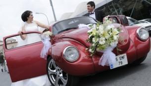 Kırmızı Yazlık Düğün Arabası Modelleri