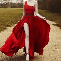 en guzel gece elbisesi modelleri 3 200x200 En Güzel Gece Elbisesi Modelleri