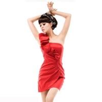 kisa abiye elbise modelleri 10 200x200 Abiye Modelleri İçerisinden Kısa Elbiseler