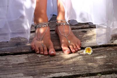 en ilginc gelin ayakkabılari 10 400x266 En İlginç Gelin Ayakkabıları