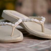 en ilginc gelin ayakkabılari 13 200x200 En İlginç Gelin Ayakkabıları