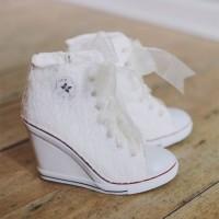spor gelin ayakkabilari converse 6 200x200 Spor Gelinlik Ayakkabıları: Converse