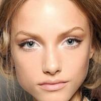 tarziniza uygun gelin makyaji trendleri 3 200x200 Tarzınıza Uygun Gelin Makyajı Trendleri