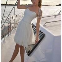 nikah icin elbise modelleri 13 200x200 Nikah İçin Elbise Modelleri