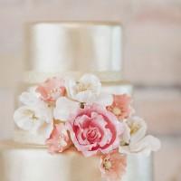 modern dugun pastasi modelleri 2 200x200 Modern Düğün Pastası Modelleri